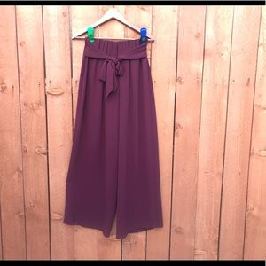 She and Sky Wide Legs pants size S